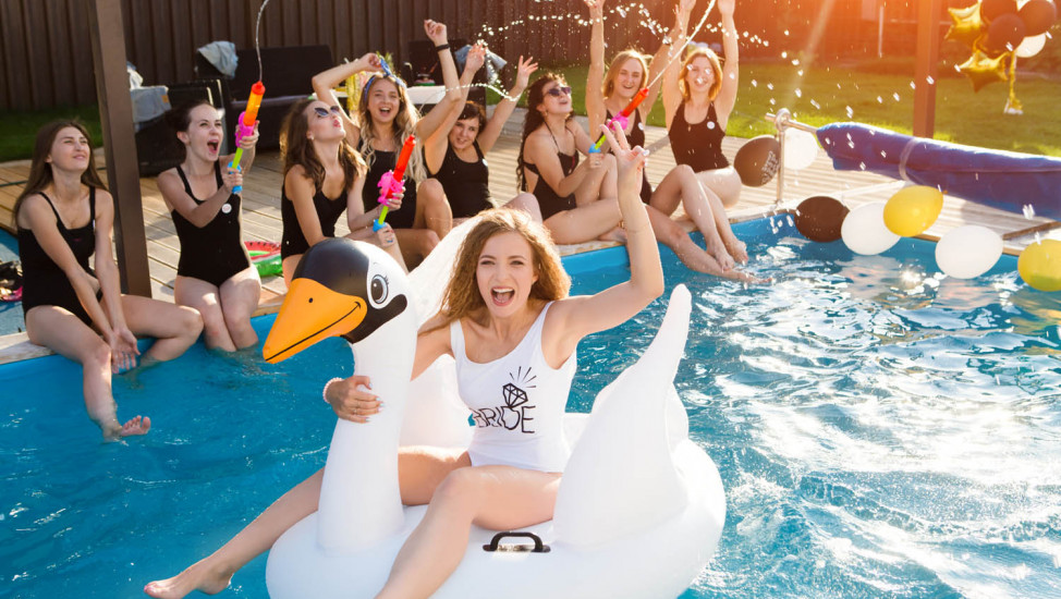 hens pool party